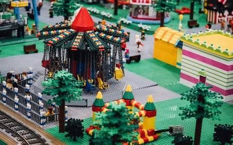 Lego considers rental scheme as it seeks to reduce plastic waste