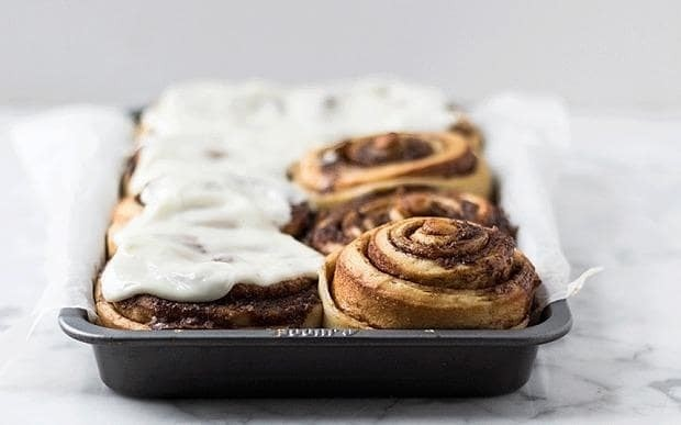 Overnight cinnamon buns with cream cheese frosting