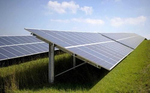 Good Energy bucks market gloom as companies go green