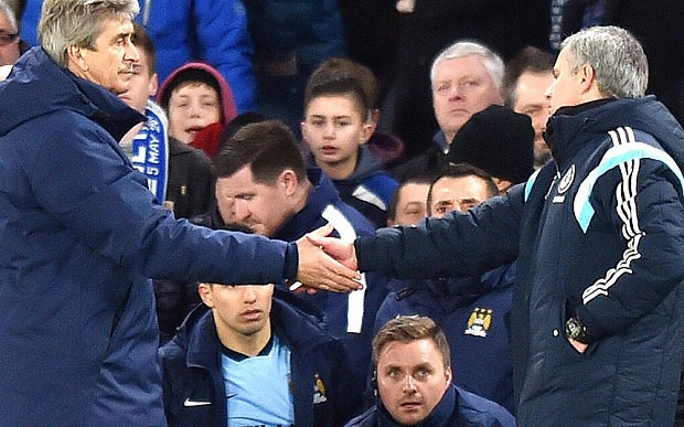 Premier League review: Chelsea manager Jose Mourinho limits damage in forgettable draw with Manchester City