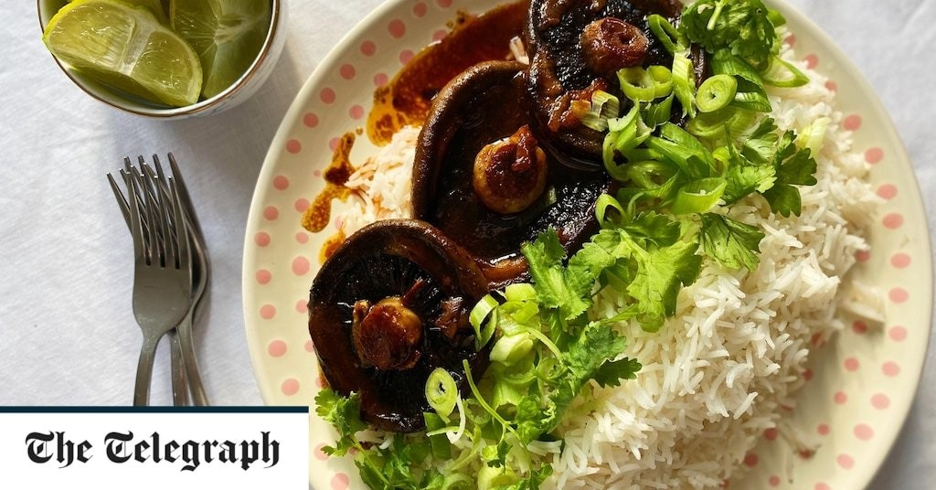 Mushrooms with spicy garlic butter and fragrant rice recipe