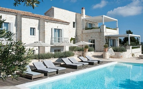 The top 10 villa holidays in Greece