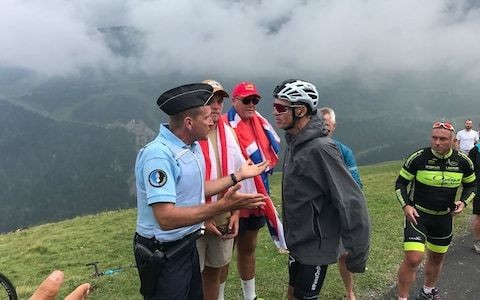 Chris Froome clears up incident with French policeman at Tour de France