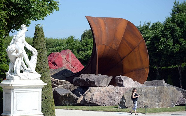 'Sexual' Anish Kapoor sculpture at Versailles provokes outrage