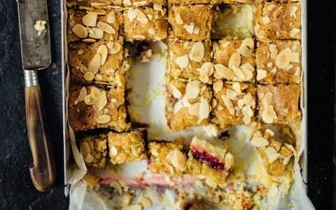 Cranberry and almond tray cake recipe