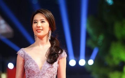 Disney's live-action Mulan facing boycott calls over Liu Yifei's Hong Kong comments