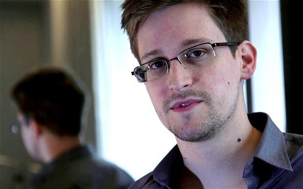 Edward Snowden in Glasgow University rector contest