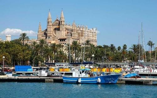 Spain most popular destination as summer holidays begin