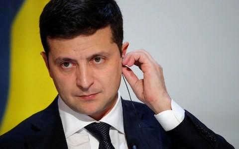 Russia pulls Ukrainian president's TV show off air after joke about Putin