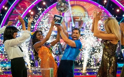 Strictly Come Dancing 2019, grand final live: high-scoring, tear-stained finale sees favourites Kelvin Fletcher and Oti Mabuse lift glitterball trophy