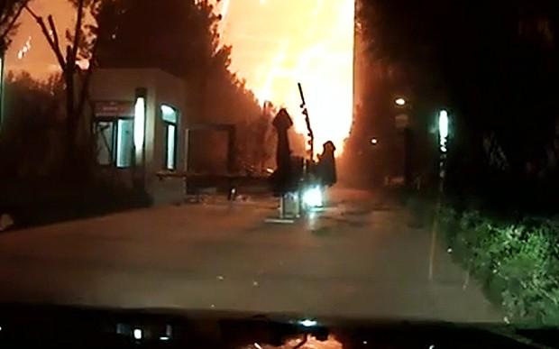 Dashcam captures moment of Tianjin blasts