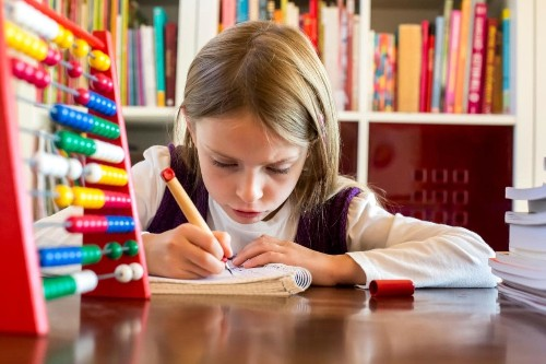 Primary school bans homework after pupils and parents voted to read books instead