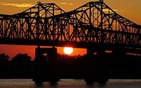 The books you need to pack for a Mississippi River cruise