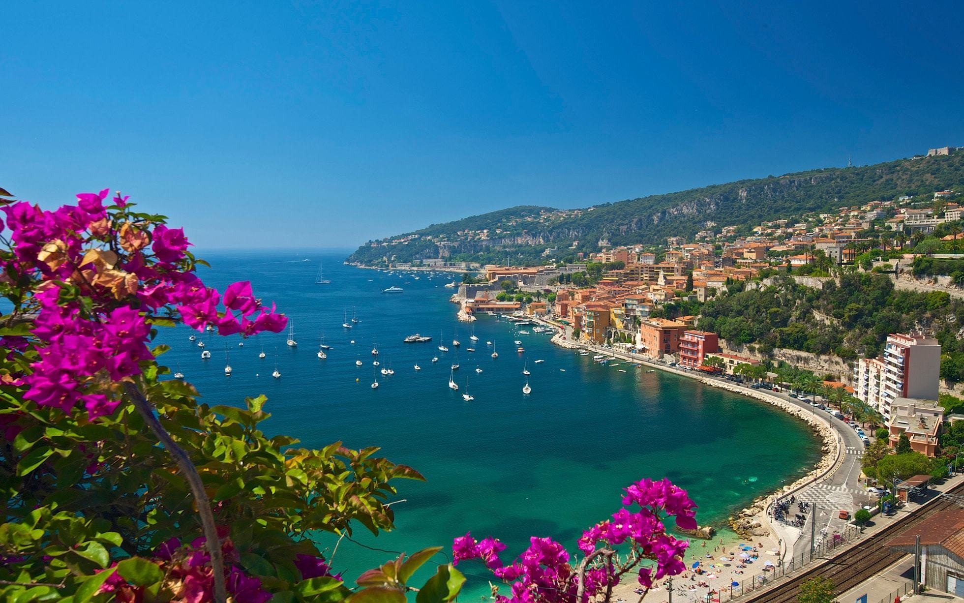 COTE D'AZUR - FRANCE- TOURISME & LIFESTYLE - cover