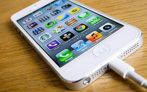 iPhones are selling so well that 'Apple could give $200bn back to shareholders'