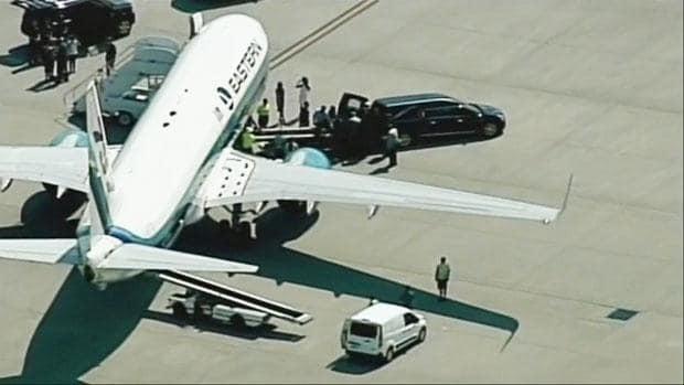 Muhammad Ali's body returns home to Louisville