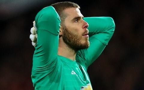 David de Gea is a Manchester United legend, but in the long term they may be better off without him