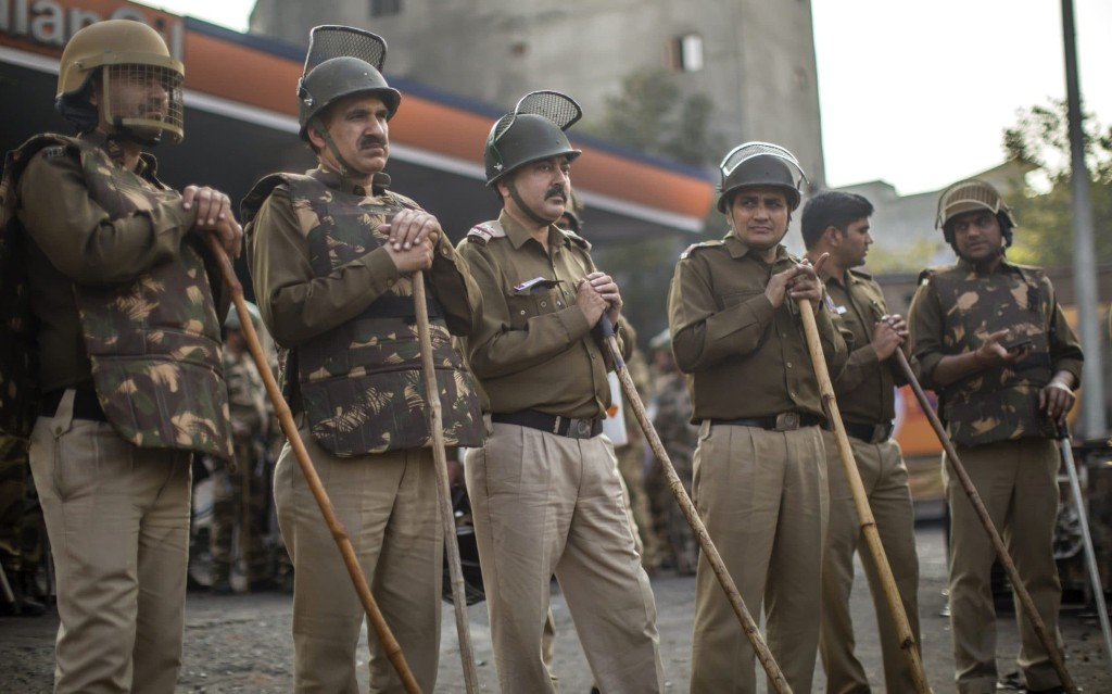 Delhi high court judge transferred after criticising government and police over riots