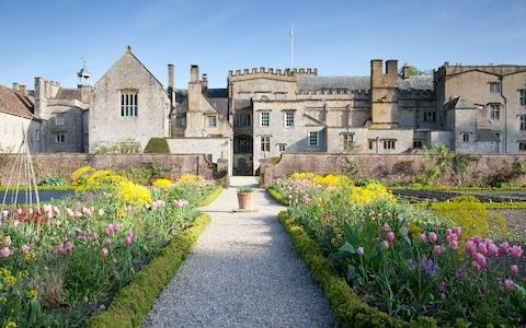 Inside the transformation of this English country garden in Dorset