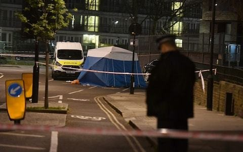 Pubs and clubs in London's financial district to be given stab kits