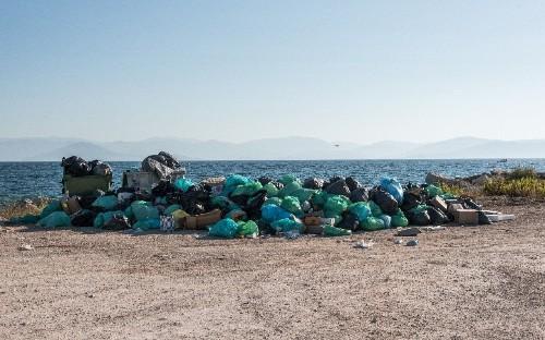 Riot police deployed as Corfu's rubbish nightmare escalates