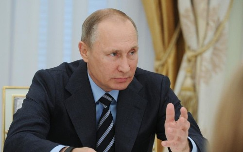 Russia orders internet providers to block LinkedIn