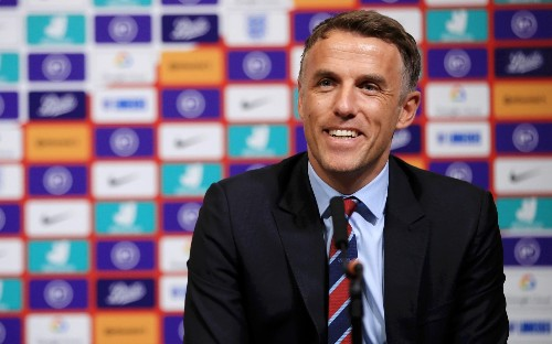 Phil Neville opts for youthful England squad for SheBelieves title defence