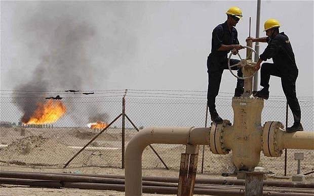 Russia flirts with Saudi Arabia as OPEC pain deepens