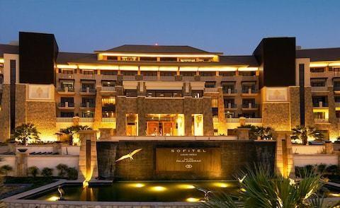 Sofitel Dubai Palm Jumeirah, Jumeirah