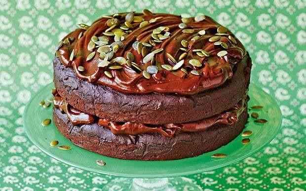 The New Baker: Vegan and gluten-free chocolate pumpkin cake