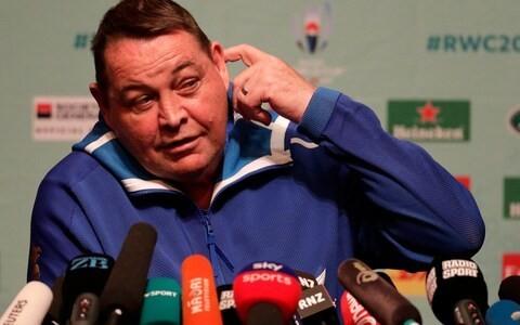 Steve Hansen dismisses Eddie Jones' pointed remarks about England's training