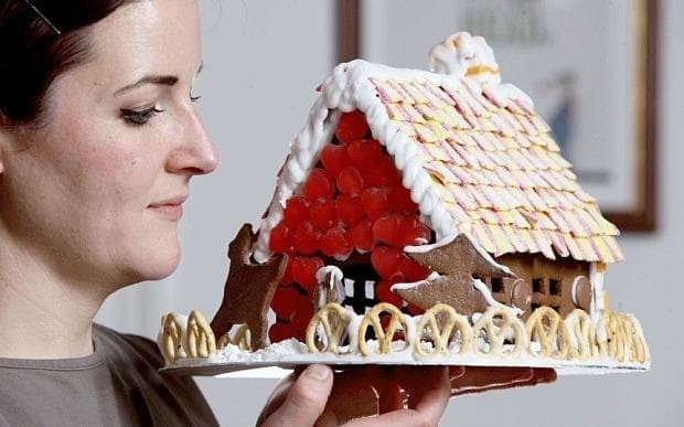 Gingerbread house recipe: a step-by-step guide