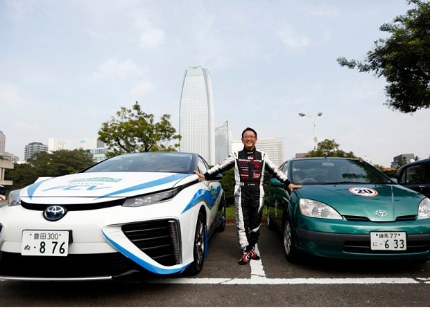 Hydrogen or electric: which will drive petrol cars off the road?