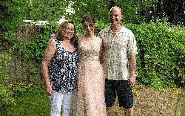 Man confesses on Facebook to killing his wife, daughter and sister