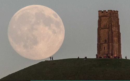 The Moon illusion: why our lunar satellite appears larger when low in the sky