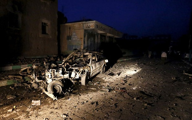 Bomb attacks claimed by Islamic State kill 31 at Shia sites in Yemen capital