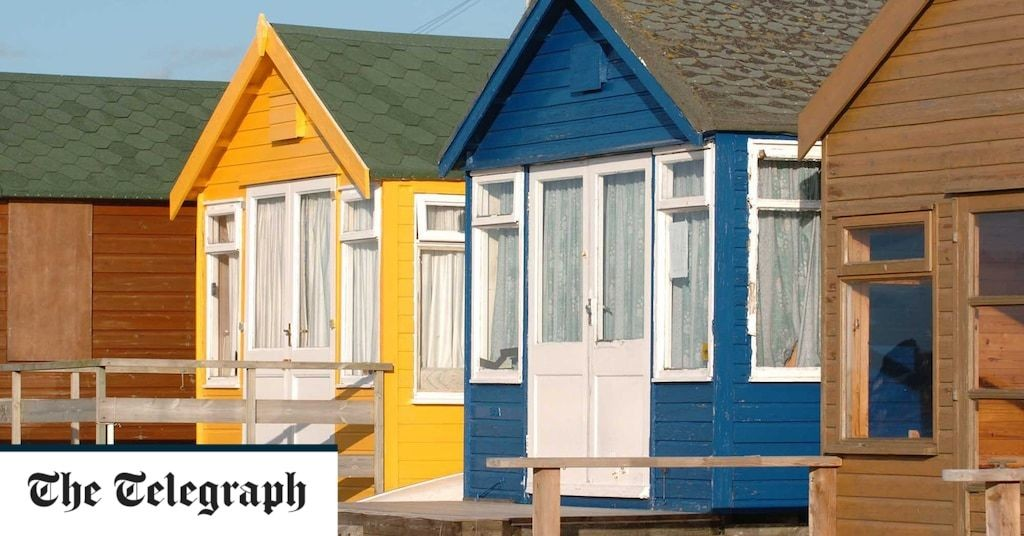 Dorset beach hut sells for record £325,000 as staycation boom leads to surge in demand