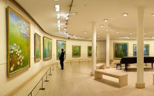 The Impressionists in Paris