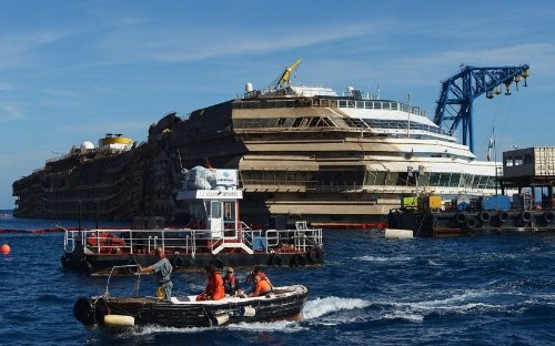Costa Concordia: latest photos from Giglio of the righted cruise ship - Telegraph