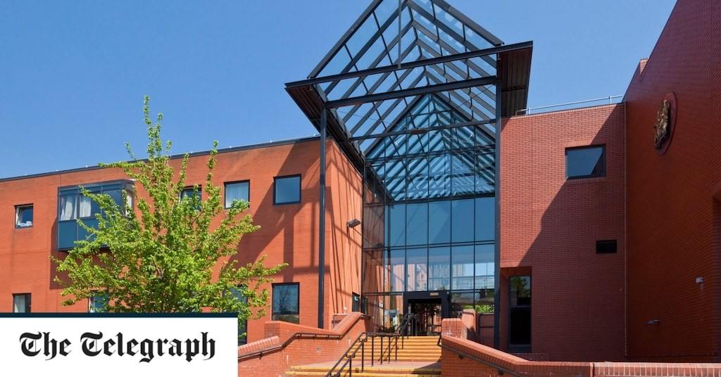Teenage boy made homemade bombs during lockdown, court hears