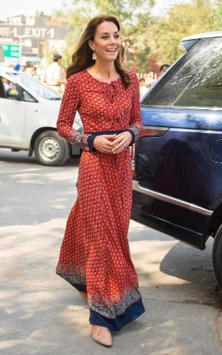 The Duchess of Cambridge wears £50 dress from Glamorous to visit New Delhi's street children