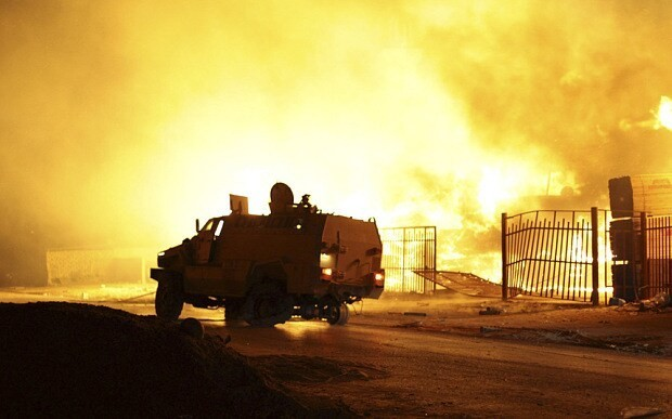 Egypt and UAE 'launched air strikes against Libyan Islamists'