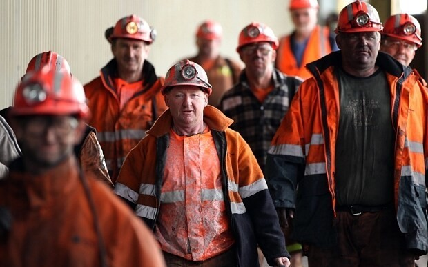 Australia's mining boom turns to dust as commodity prices collapse