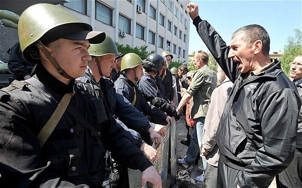 Ukraine crisis: William Hague states 'blow to democracy' if Russia prevents election