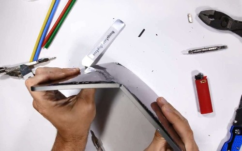 Apple says its new iPad could be prone to bending