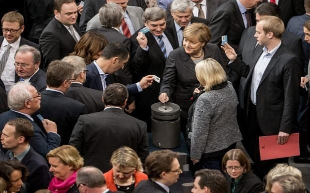 Germany joins fight against Isil after parliament approves military action in Syria