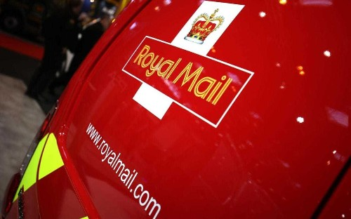 Royal Mail goes electric with 100 plug-in Peugeot vans