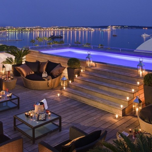 The other Cannes competition: Film Festival stars' clamour for Cannes' best hotel suites