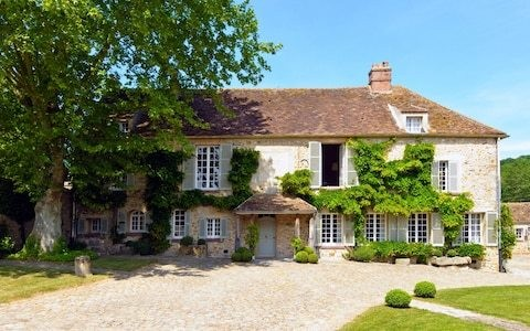 Inside Edward VIII and Wallis Simpson's French party house - now on sale for £5.6 million