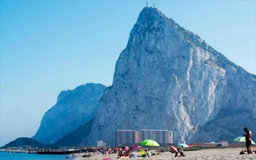 Brexit: Outrage as Spain and EU accused of taking back Gibraltar